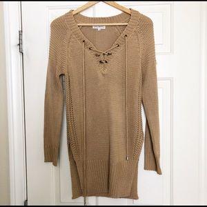 Sweaters - Sewn in sweater
